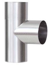 Nerezová komínová vložka, ktorú používame pri vložkovaní komína. Na obrázku je nerezová rúra T-kus 90 stupňový.