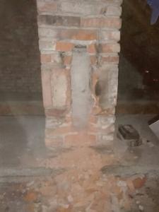 počas frézovania vložkovania komína
